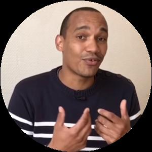 Aziz est spécialiste en marketing facebook depuis maintenant 5 ans.  Il a aidé des centaines de clients à exploser leurs retours sur investissement avec les pubs et les pages sur facebook.  Avec lui en coach, impossible de ne pas développer son chiffre d'affaire et de ne pas trouver des centaines de clients pour son business.  Pédagogue et expert, c'est une joie pour nous de l'avoir dans cette formation.