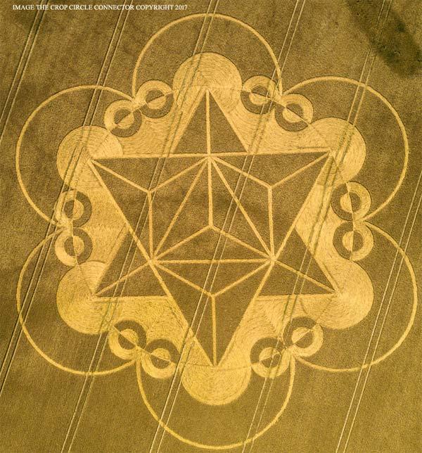Crop Circle - 18 juillet 2017, nouvelle apparition récente : Géométrie Sacrée de Métatron,  Fleur de Vie et Merkabah