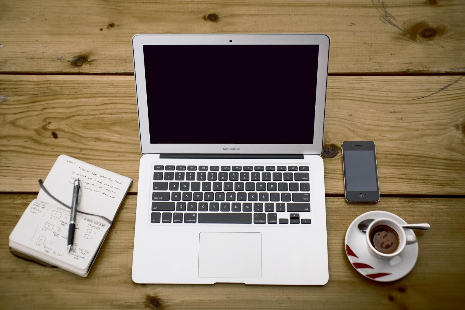 Quel matériel prévoir pour débuter dans la rédaction web ?