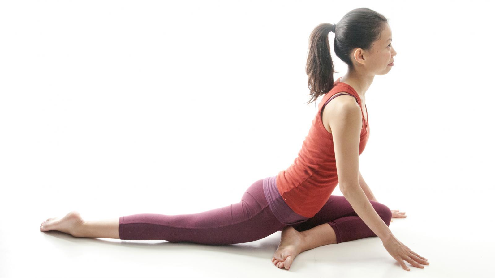 posture yoga douleur menstruelle