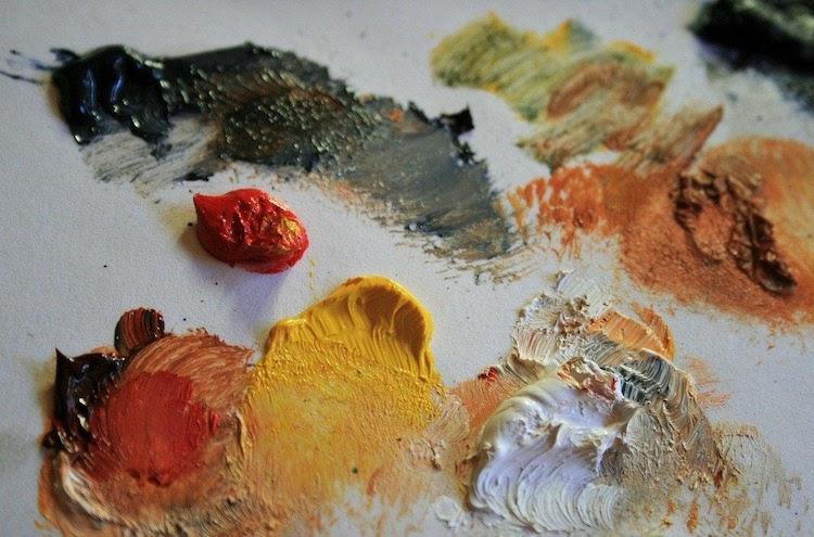 Entre l'huile et l'acrylique, votre cœur balance et vous n'êtes pas certain d'en connaître toutes les subtilités ? Voici 5 différences majeures pour vous aider à faire votre choix