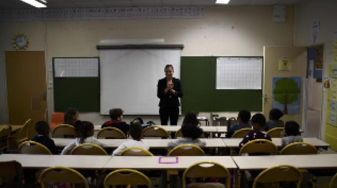Déconfinement : faut-il tester les enfants de retour à l'école, comme le propose Anne Hidalgo ?